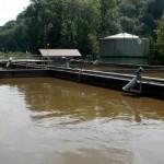 Das Abwasser durchläuft bei der bioaktiven Klärung verschiedene Becken.